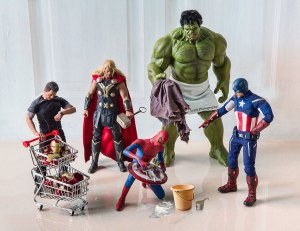 Avengers-Spiderman Cleaning